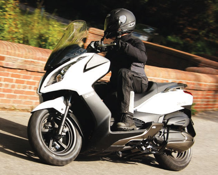 2012 Kymco Downtown 300i Review