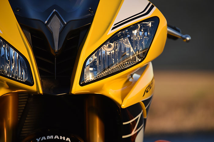 2016 Yamaha YZF-R6 Review