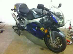 Page 1: 1992 to 1996 - Suzuki GSX-R600 in a class of it's own