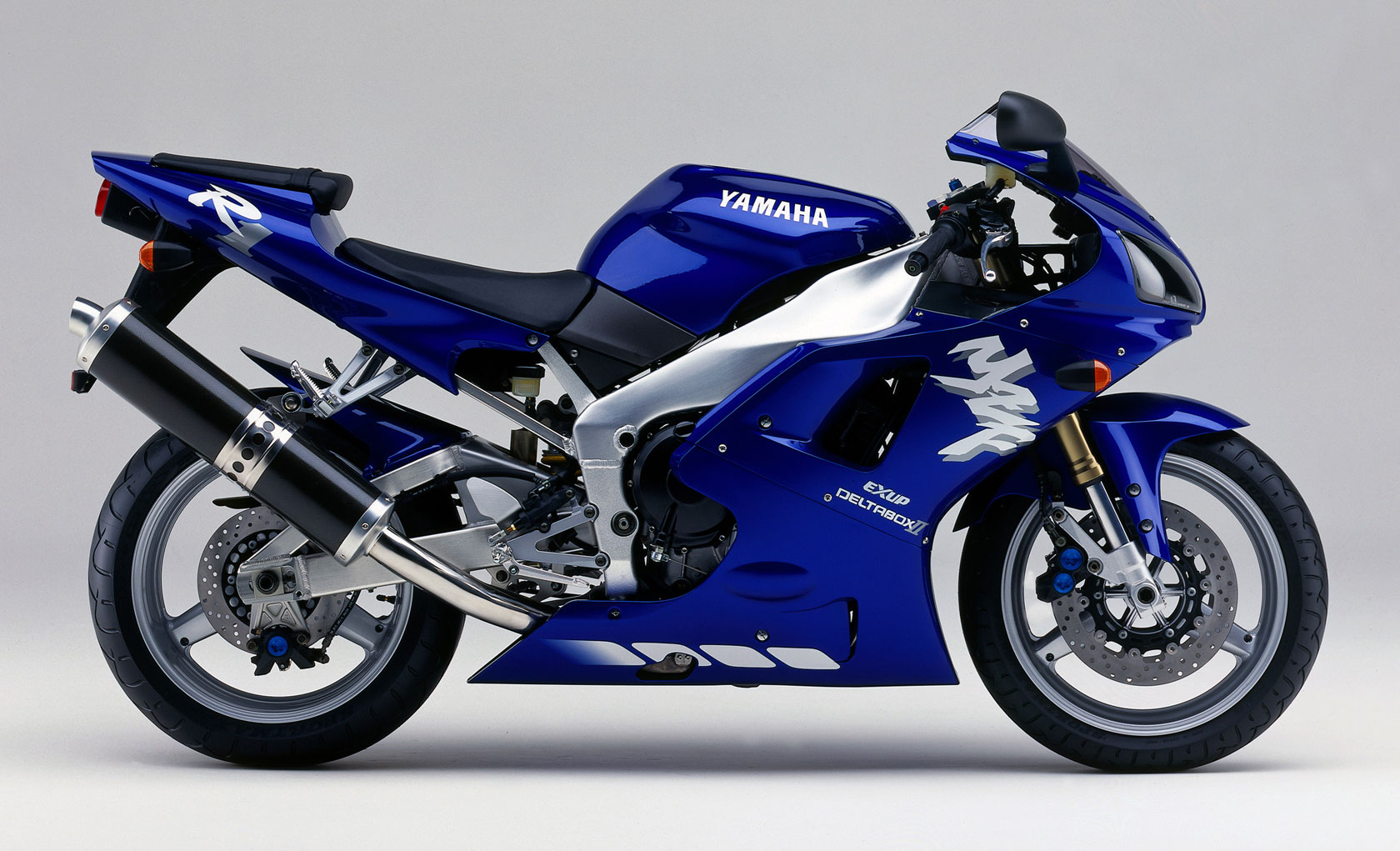 1998 R1 >> Page 2 1998 To 1999 The First Yamaha R1 Yzf R1