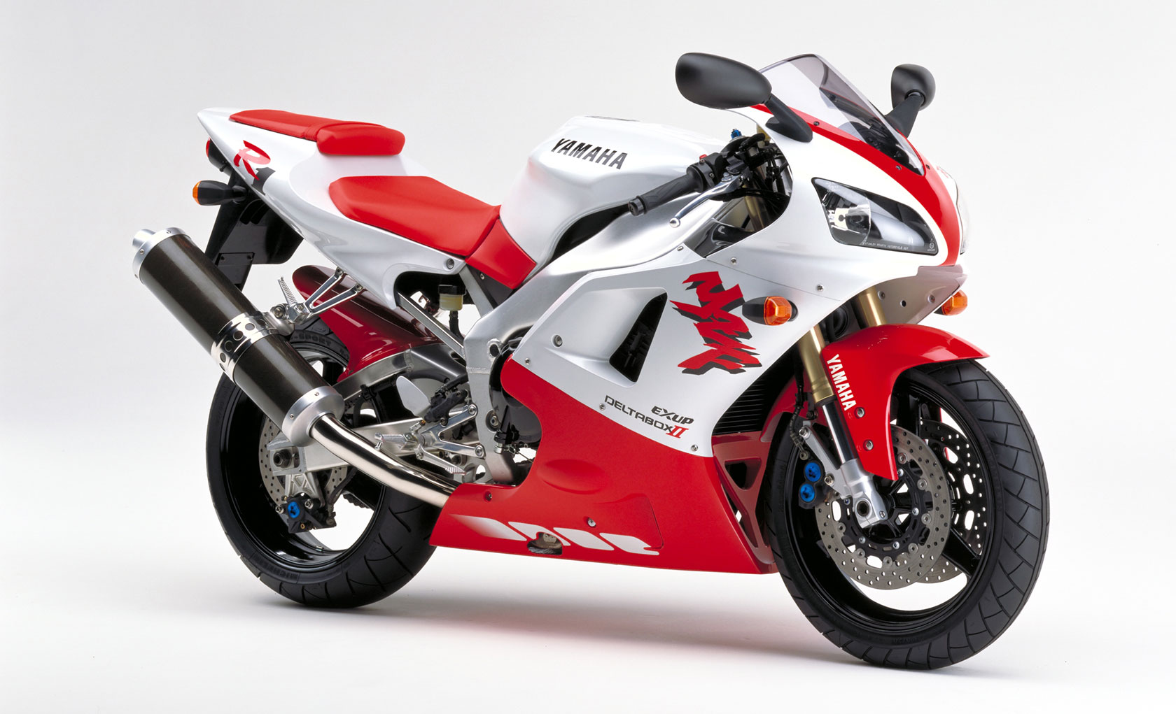 Page 2 1998 To 1999 The First Yamaha R1 Yzf R1
