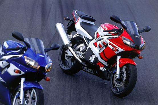 Page 1 - Yamaha R6/YZF-R6 series model history timelines