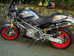 2002 Ducati Monster 750 Sie