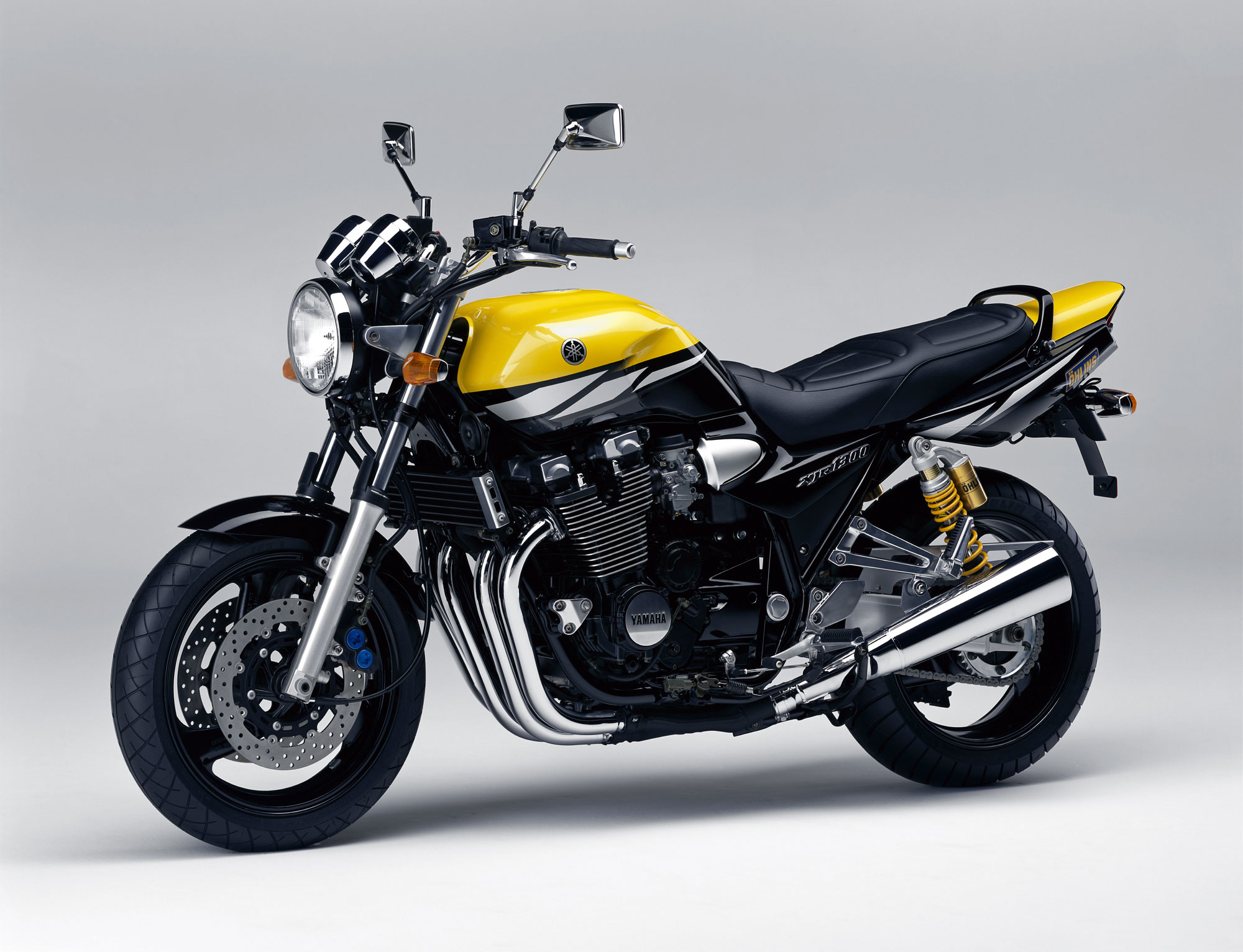 http://www.totalmotorcycle.com/photos/2003models/2003-Yamaha-XJR1300c.jpg