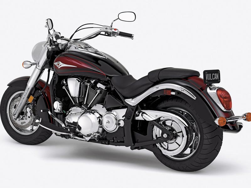 Total Motorcycle Website - 2005 Kawasaki Vulcan 2000 Limited