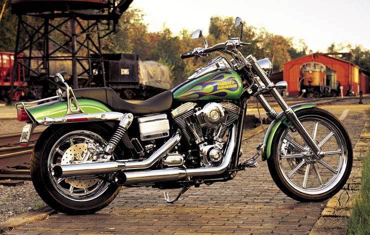 Harley Davidson 2010 Wide Glide. 2006 Harley-Davidson FXDWGI