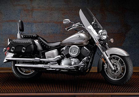 Total Motorcycle Website - 2006 Yamaha V-Star 1100 Midnight
