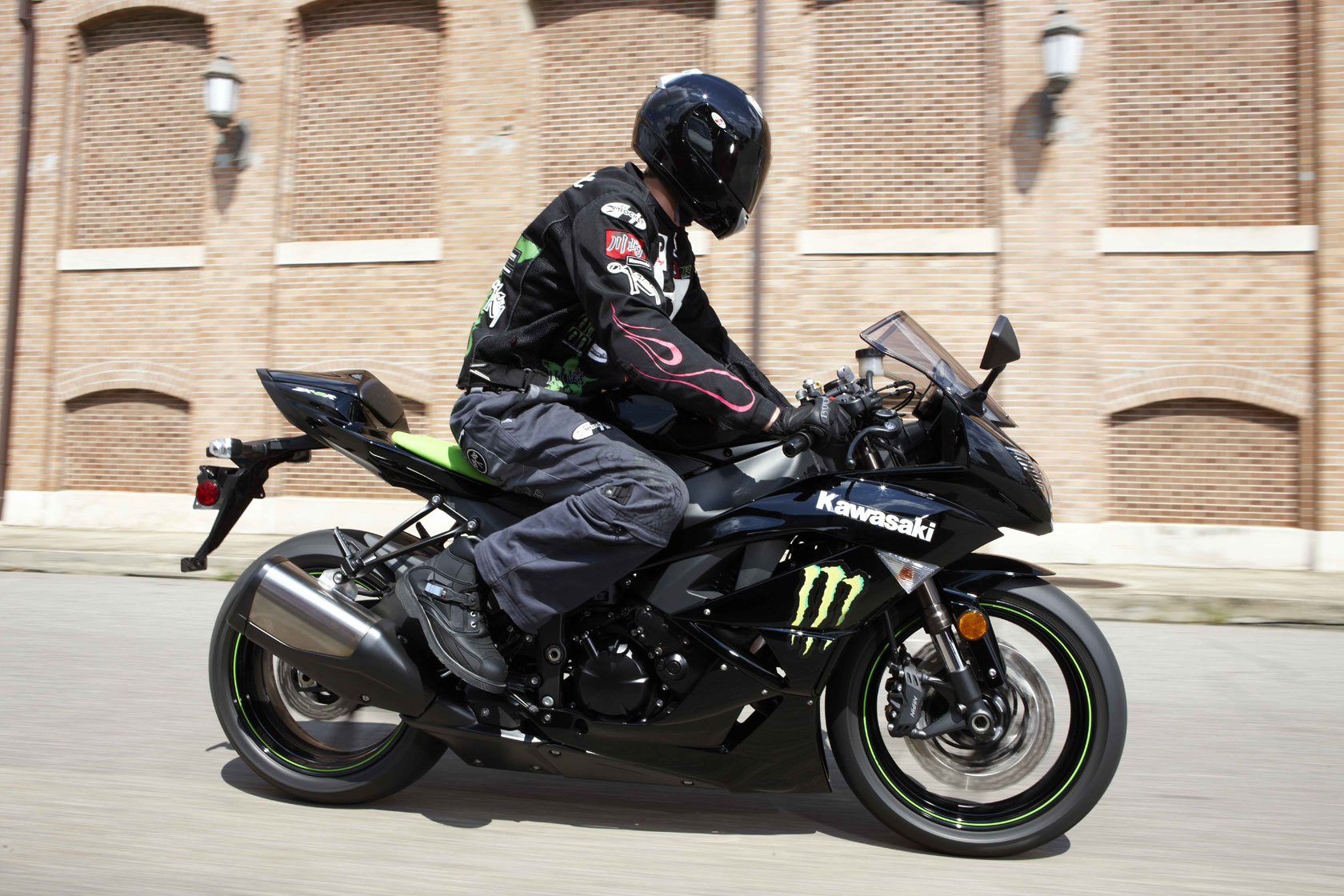 2009 Kawasaki Ninja ZX-6R Monster Touring