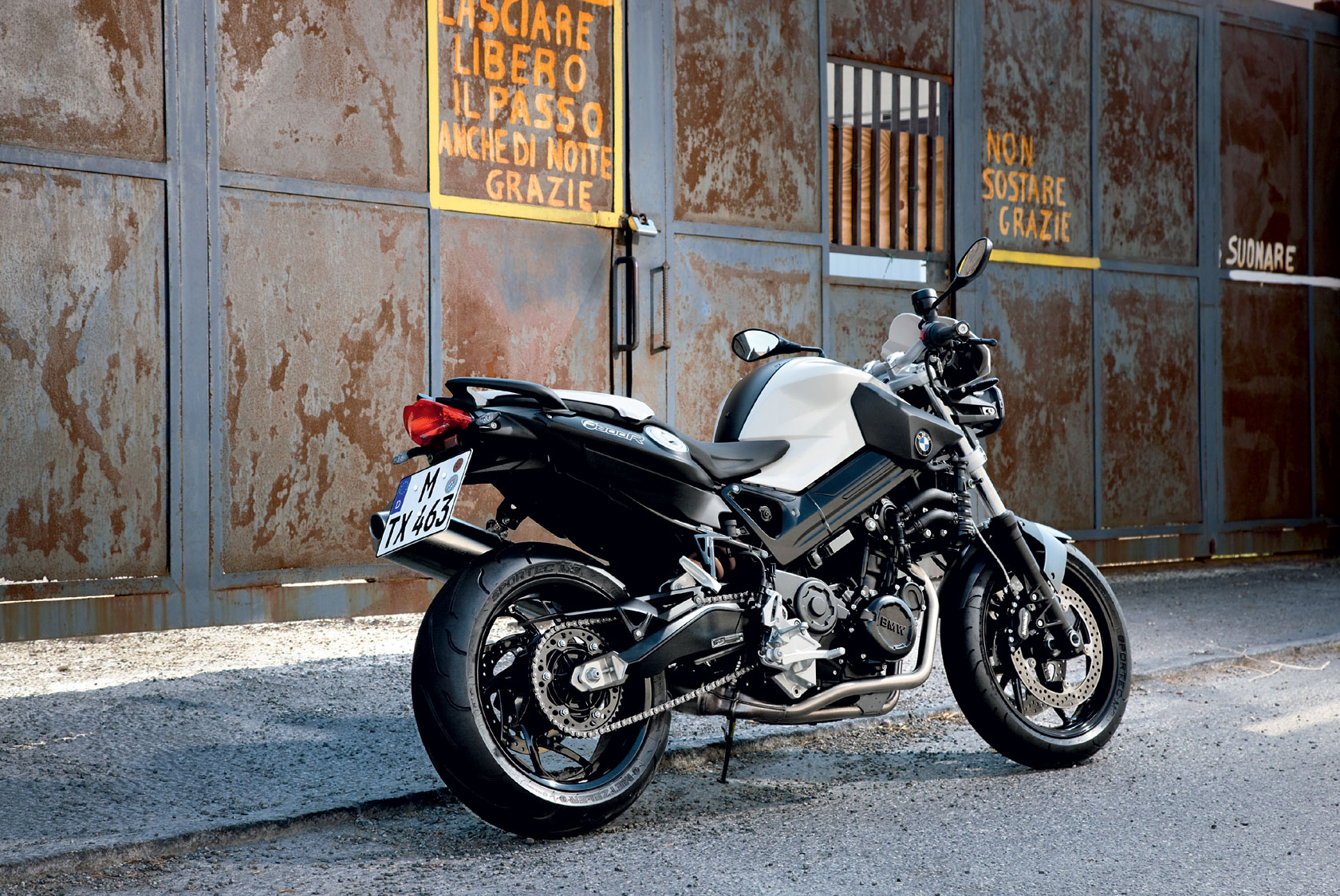 Automotive For You 2010 BMW F800R