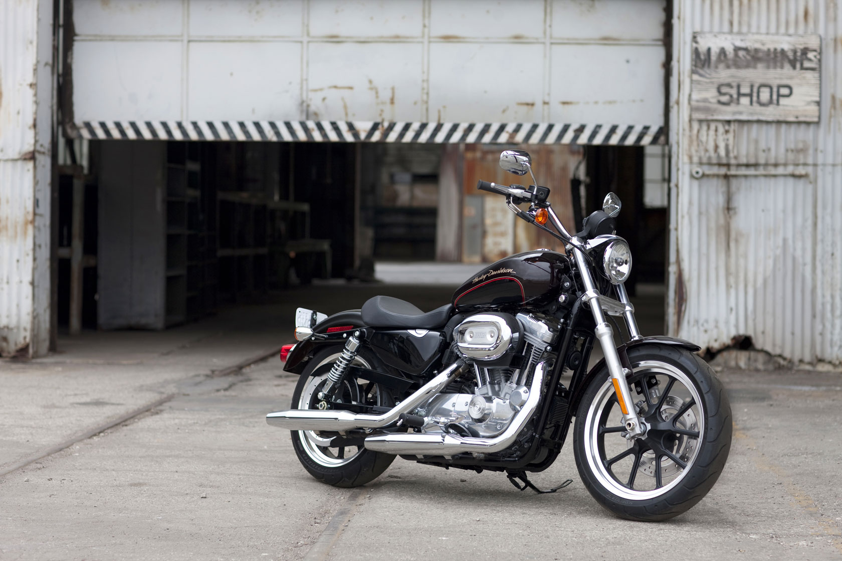 2011 harley davidson xl 883l sportster 883 superlow. Black Bedroom Furniture Sets. Home Design Ideas