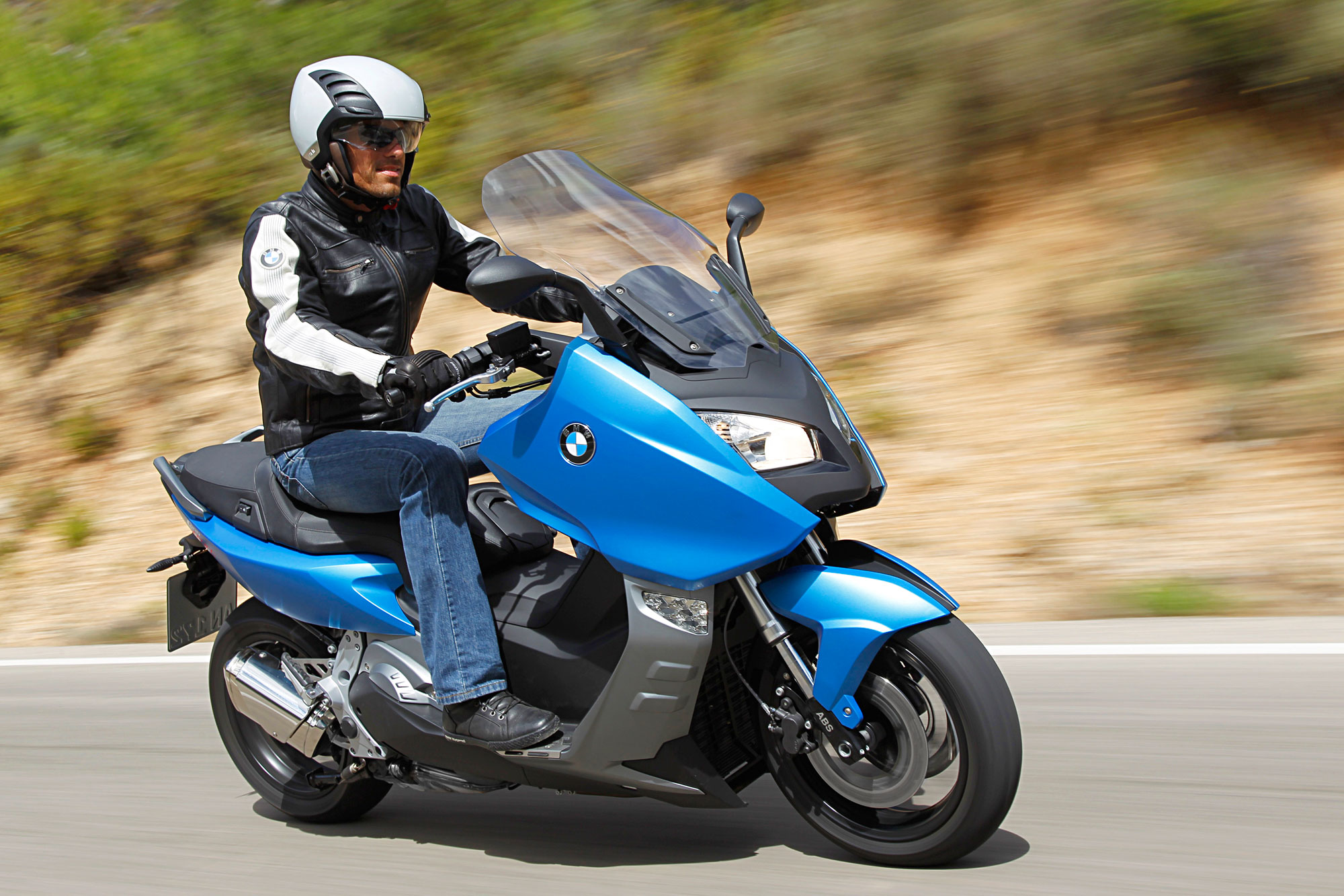 2012 bmw c600 sport review. Black Bedroom Furniture Sets. Home Design Ideas