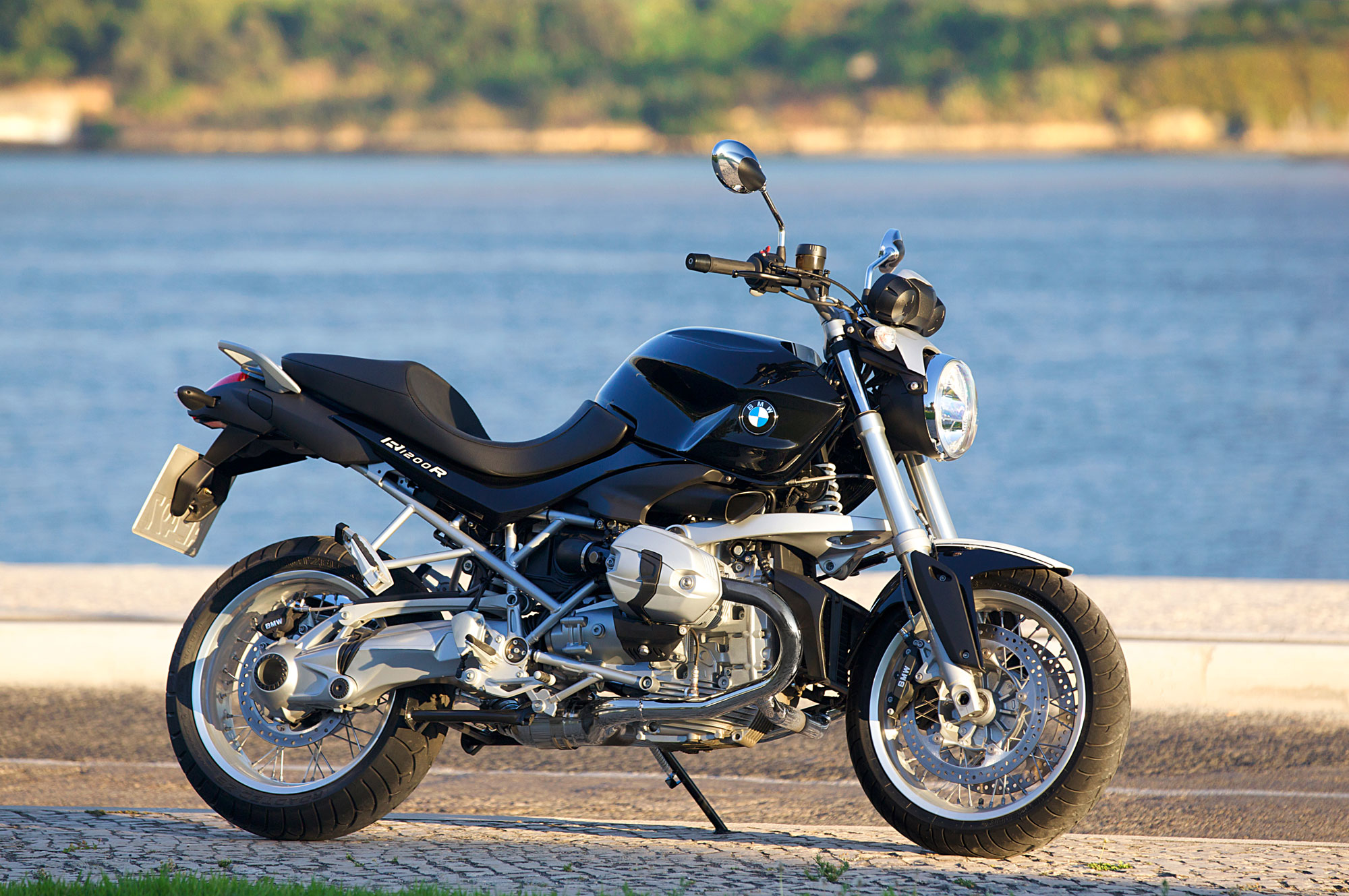 Astonishing 2012 Bmw R1200R Review Gamerscity Chair Design For Home Gamerscityorg