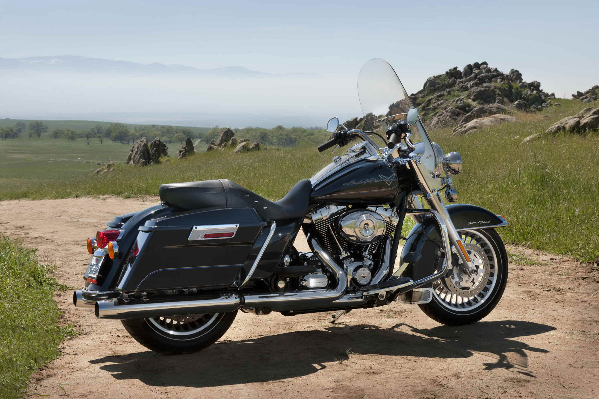 2012 Harley-Davidson FLHR Road King Review