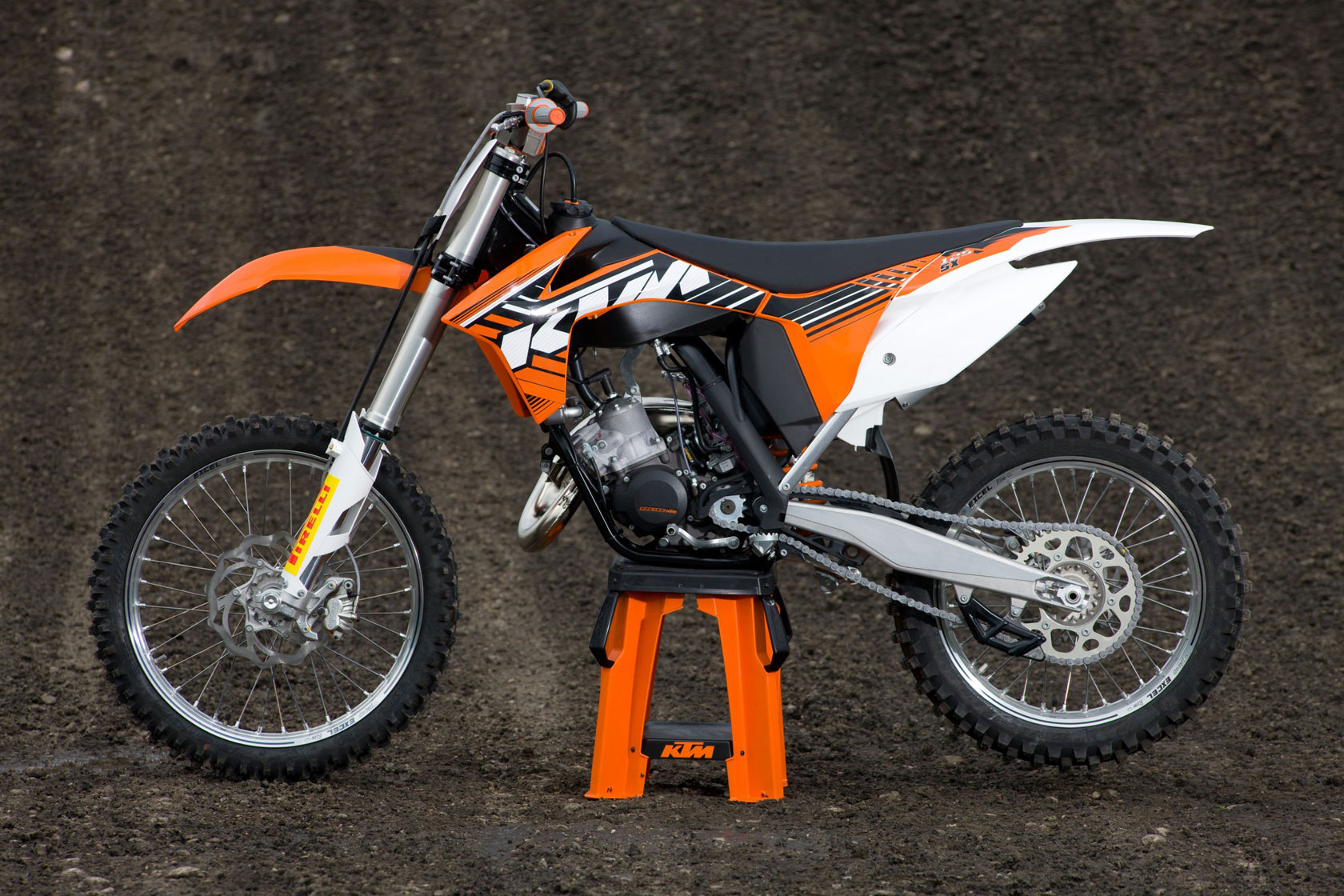2012 ktm 125sx review. Black Bedroom Furniture Sets. Home Design Ideas