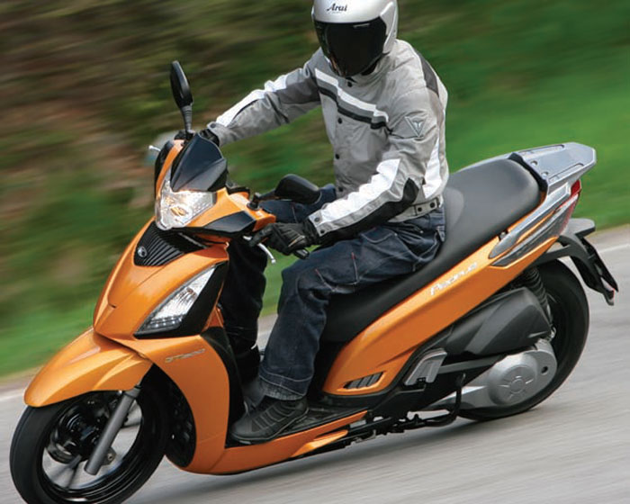2012 kymco people gt 300i review