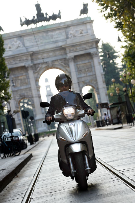 2012 Piaggio Beverly Sport Touring 350