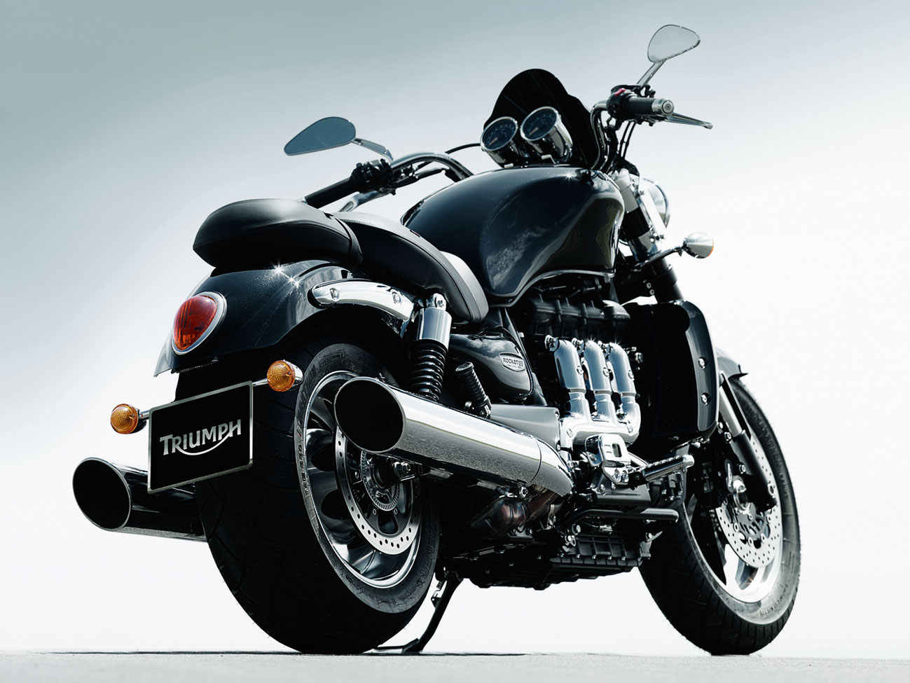 2012 triumph rocket iii roadster review. Black Bedroom Furniture Sets. Home Design Ideas