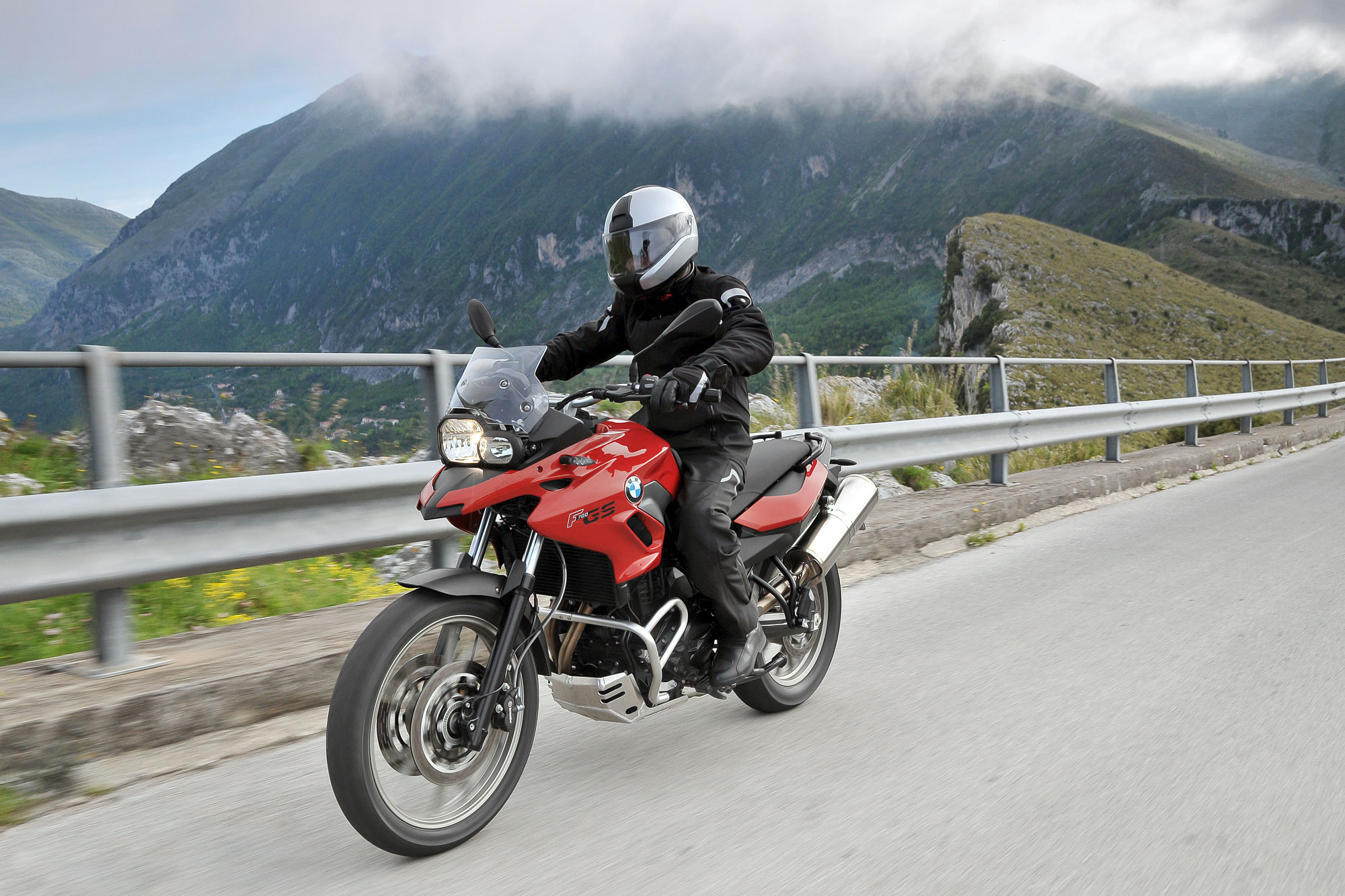 2013 BMW F700GS Review