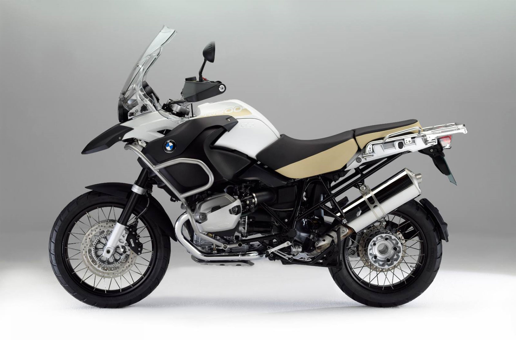 2013 bmw r1200gs adventure review. Black Bedroom Furniture Sets. Home Design Ideas