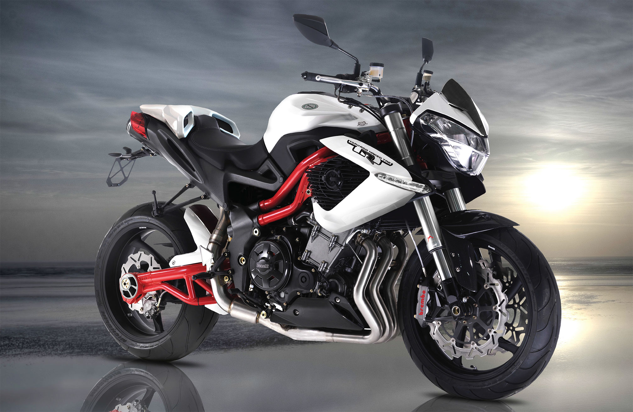 2013 Benelli R160 Review