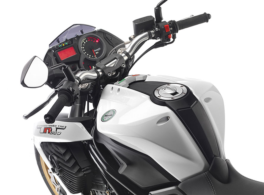 2013 Benelli Tornado Naked TRE899 Review