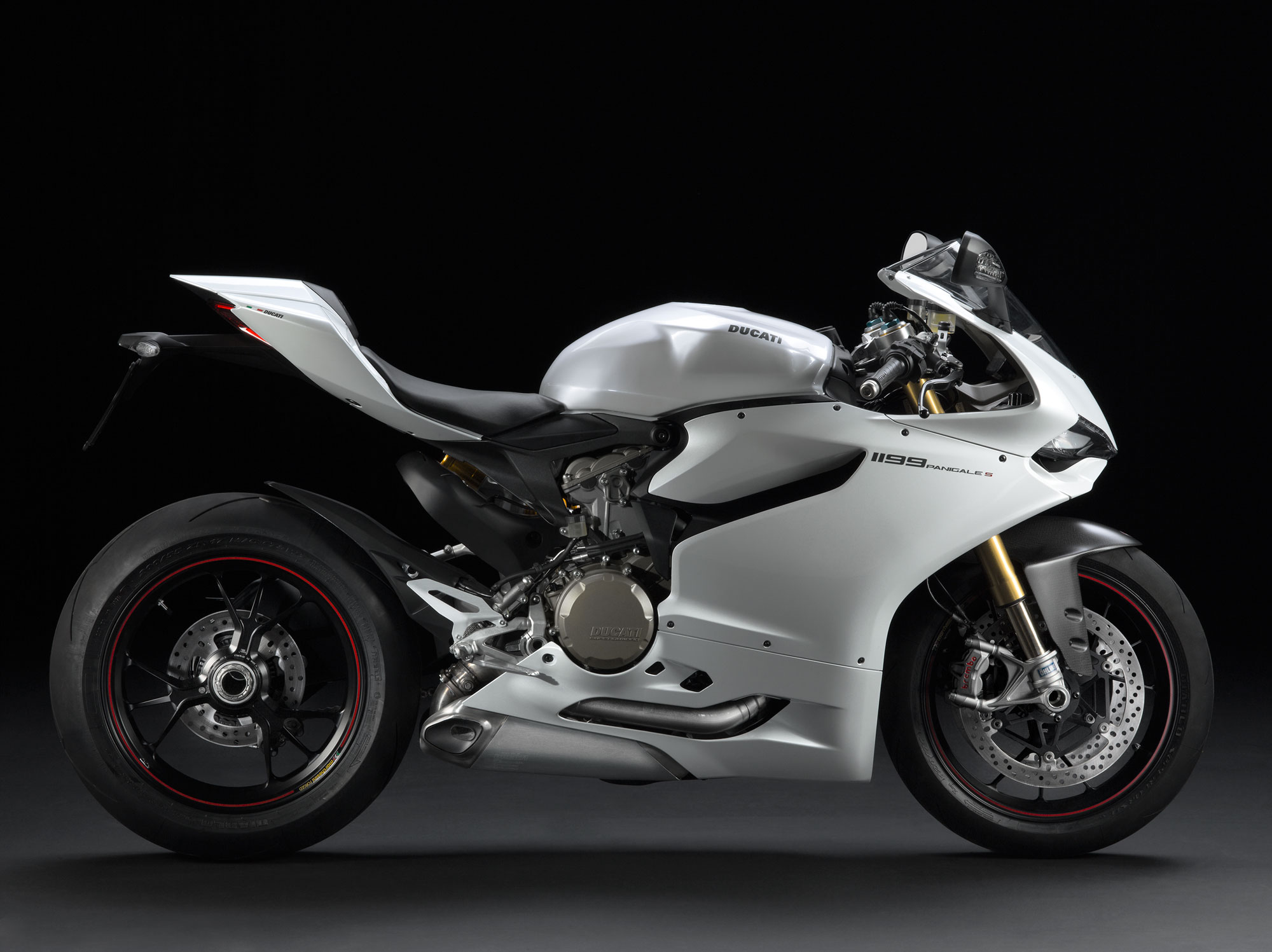 2013 Ducati Superbike 1199 Panigale S Review