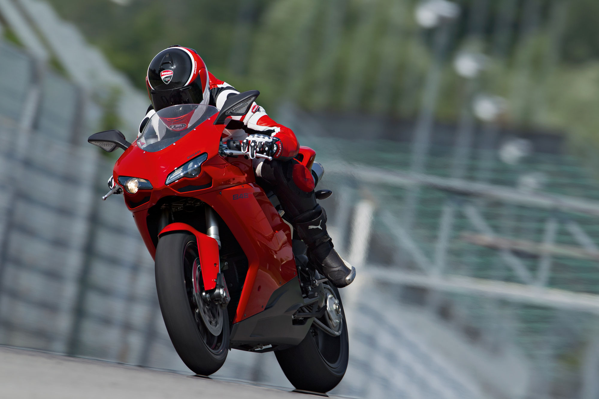 2013 Ducati Superbike 848 EVO Review