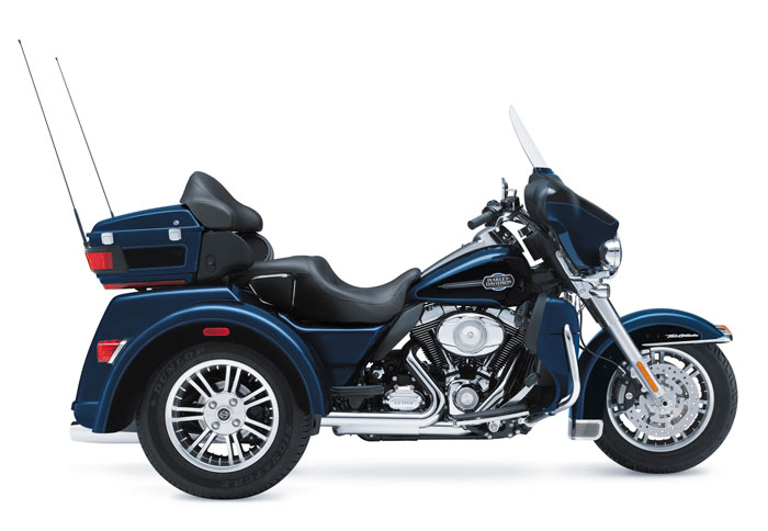 New 2016 Harley Davidson Tri Glide Ultra Flhtcutg Touring: 2013 Harley-Davidson FLHTCUTG Tri Glide Ultra Classic Review