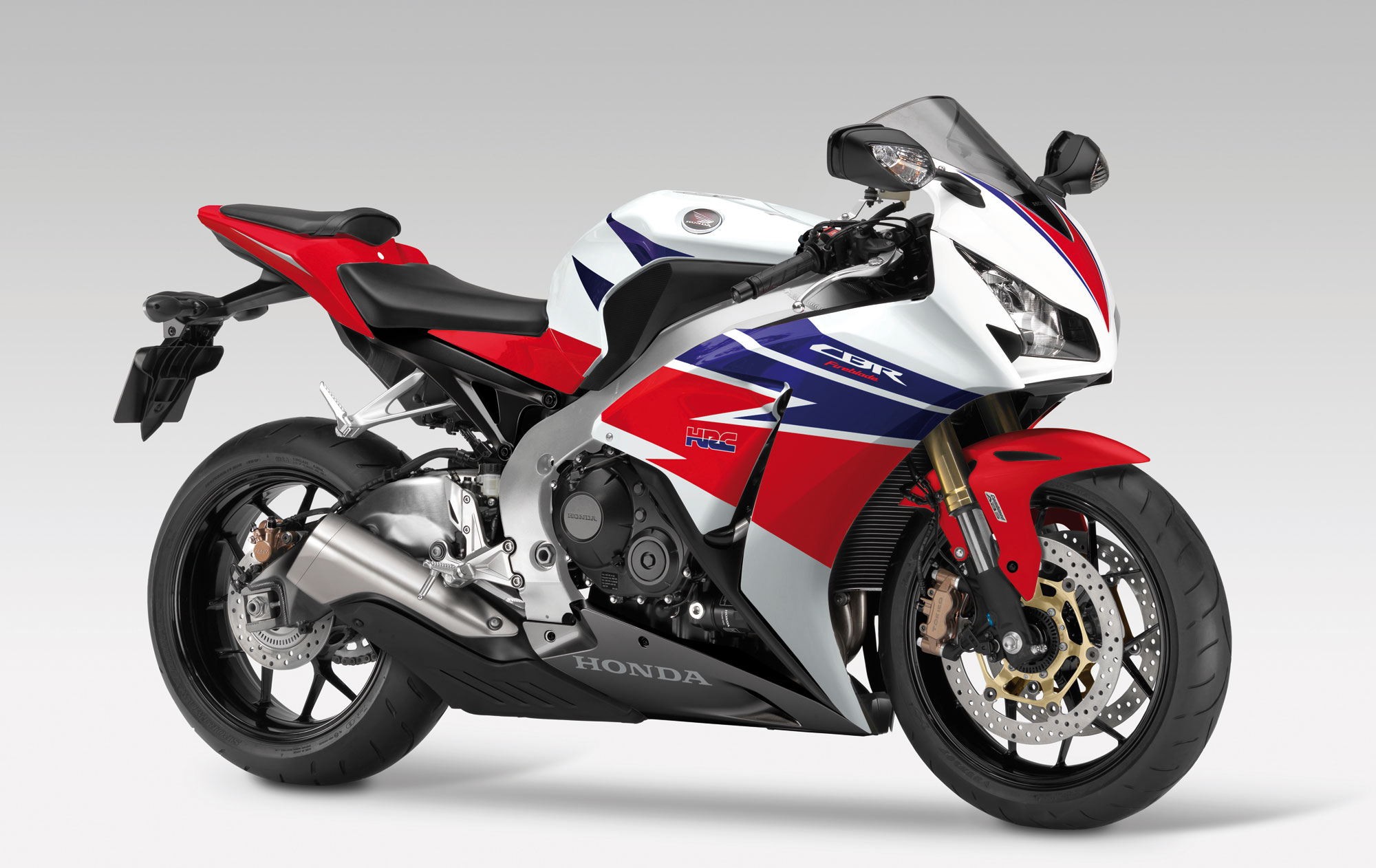 Honda Cbr1000rr Review >> 2013 Honda Cbr1000rr Fireblade Review