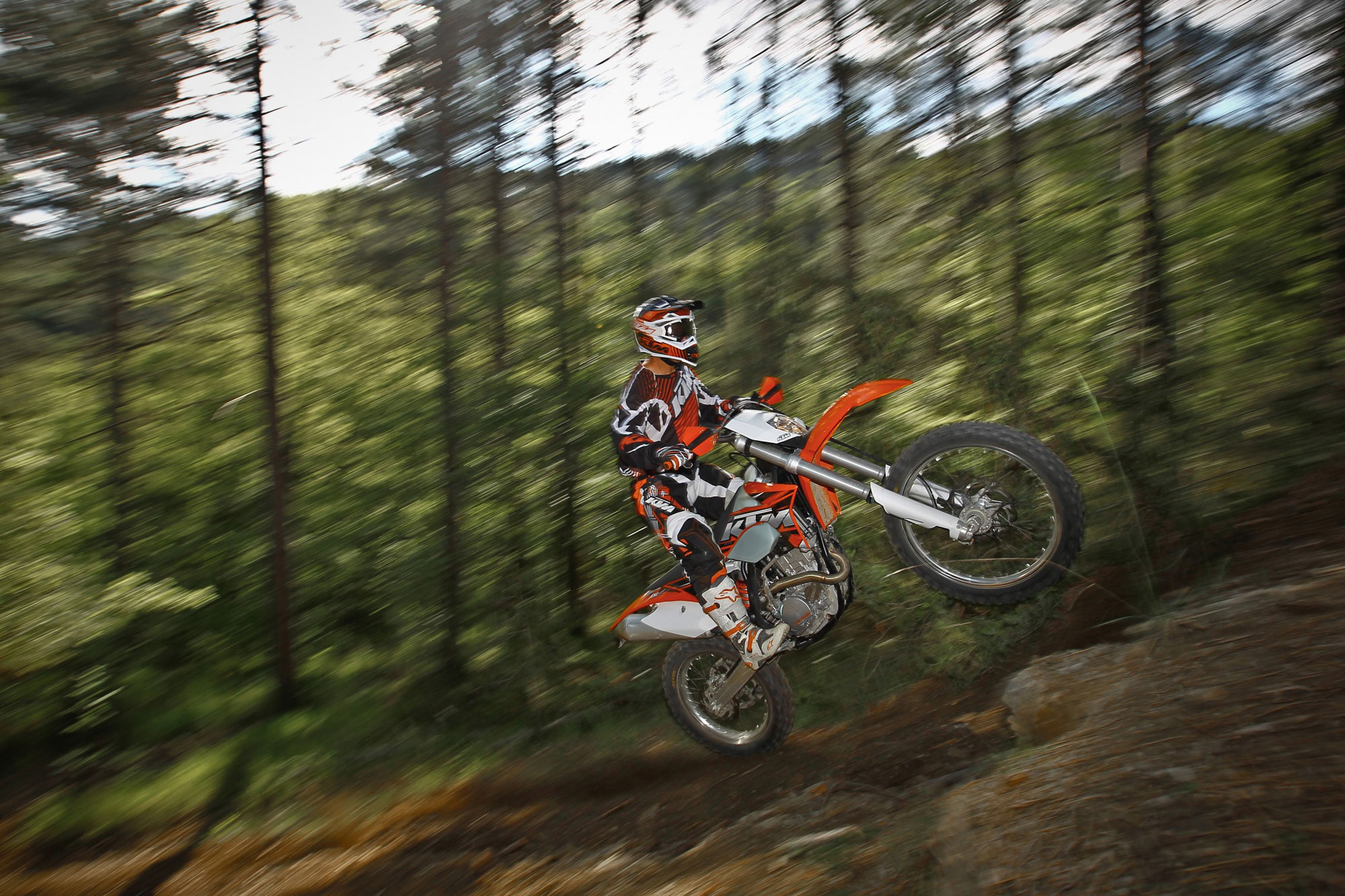 View of KTM 200 XC-W. Photos, video, features and tuning. www ...