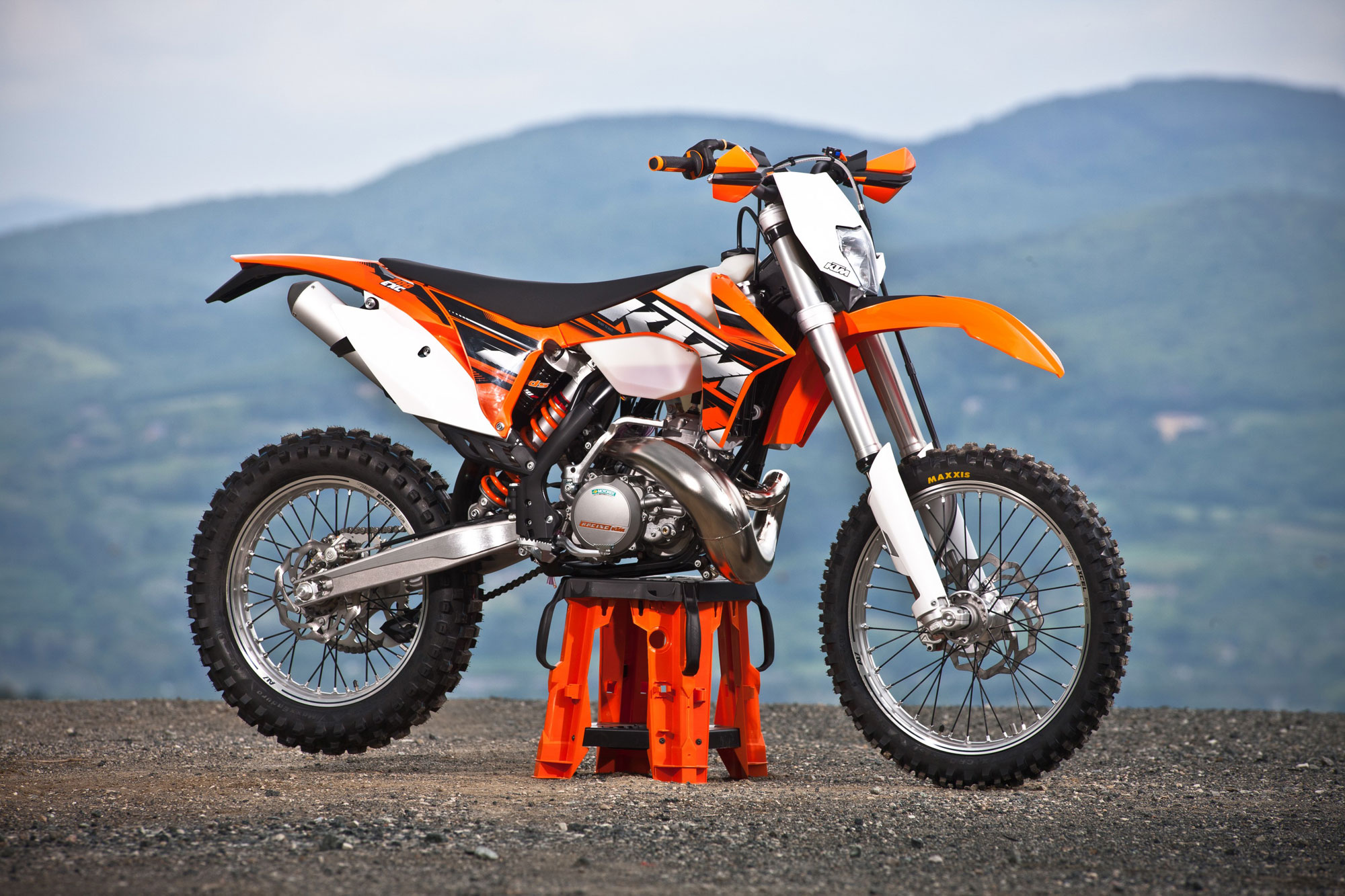 2013 ktm 300exc review
