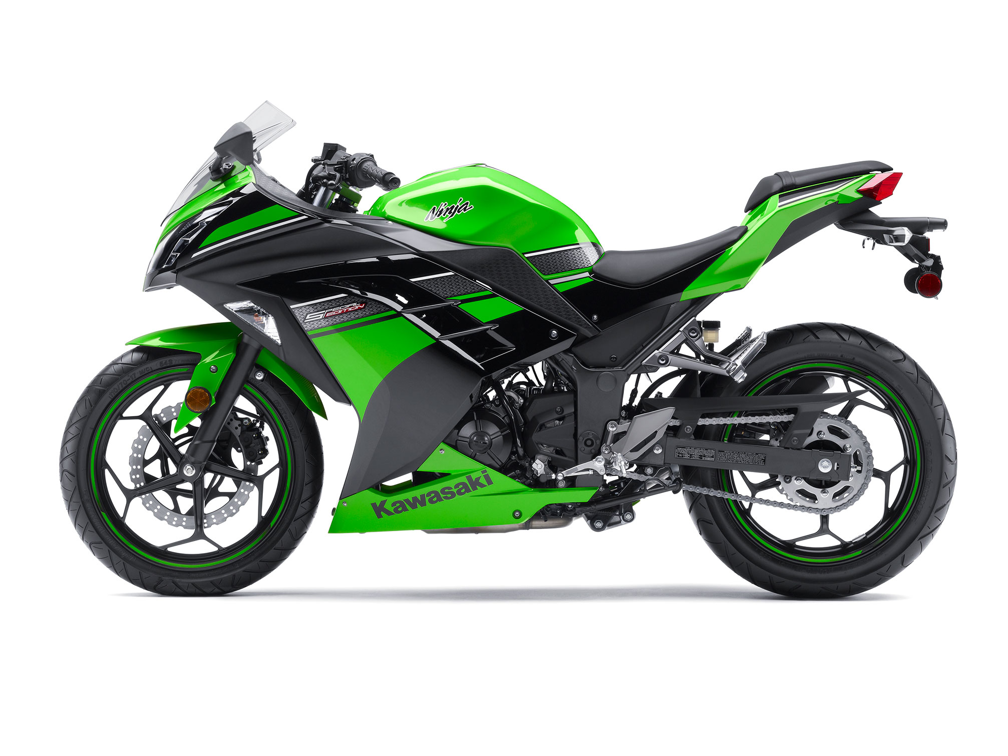 2013 Kawasaki Ninja 300 SE Review