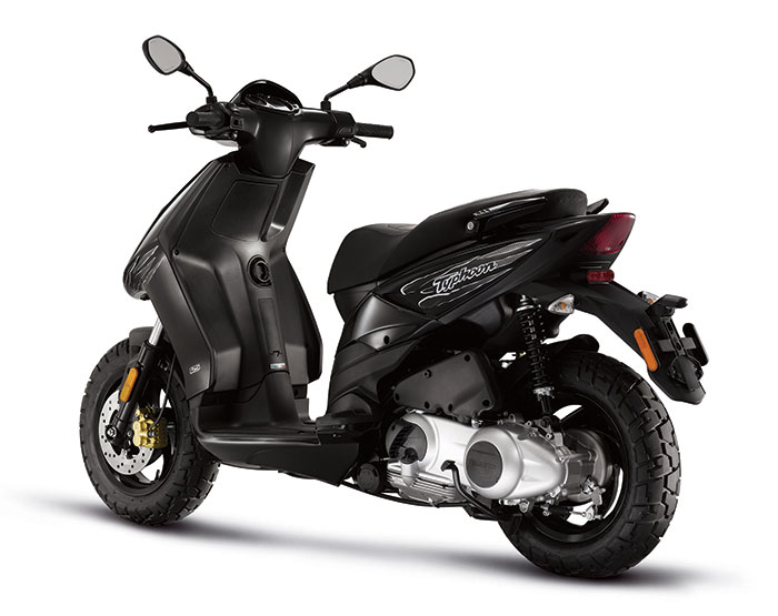 2013 piaggio typhoon 125 scooter review. Black Bedroom Furniture Sets. Home Design Ideas