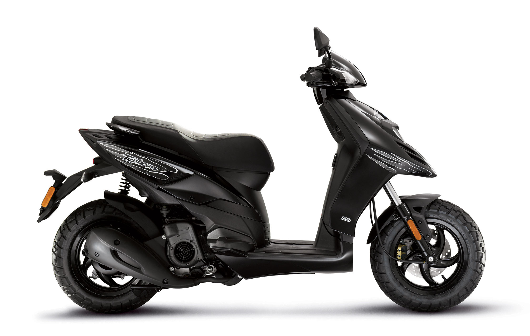 2013 piaggio typhoon 125 scooter review