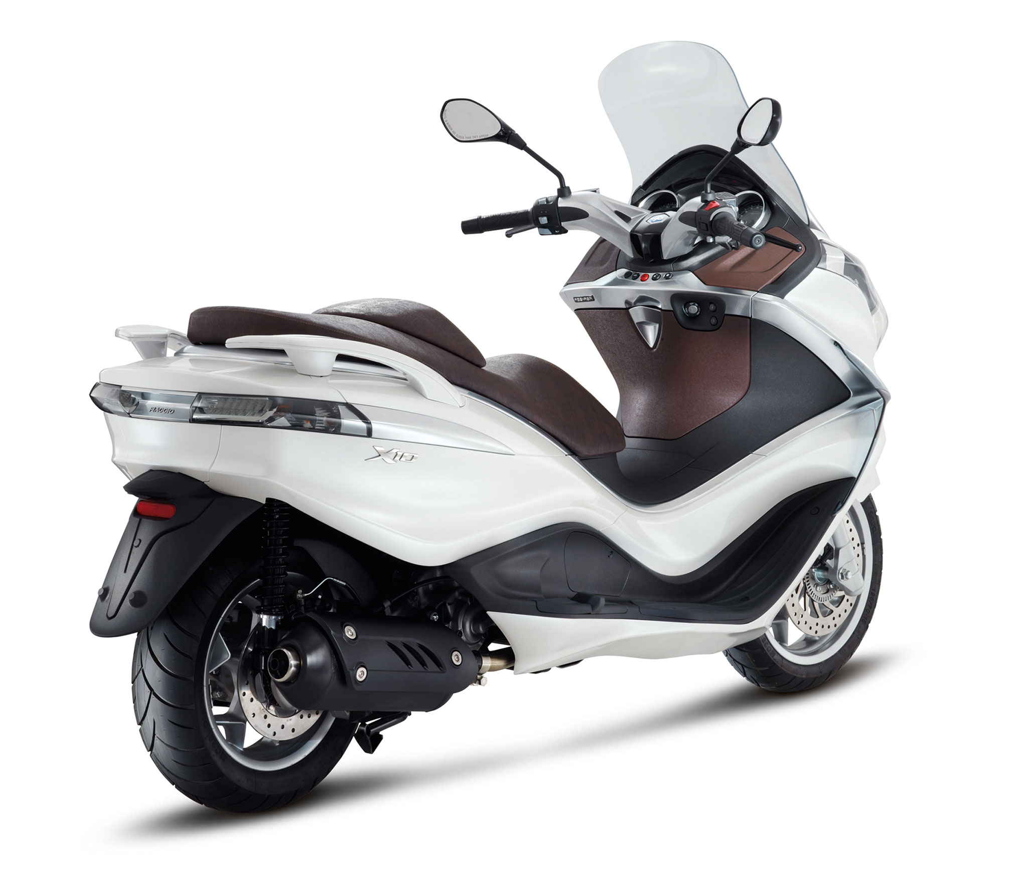 2013 piaggio x10 125 scooter review. Black Bedroom Furniture Sets. Home Design Ideas