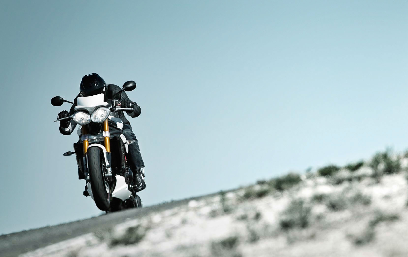 2013 triumph speed triple review