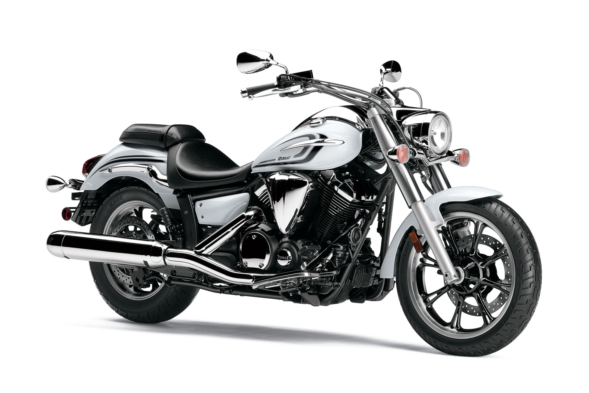 2013 Yamaha V-Star 950 Review