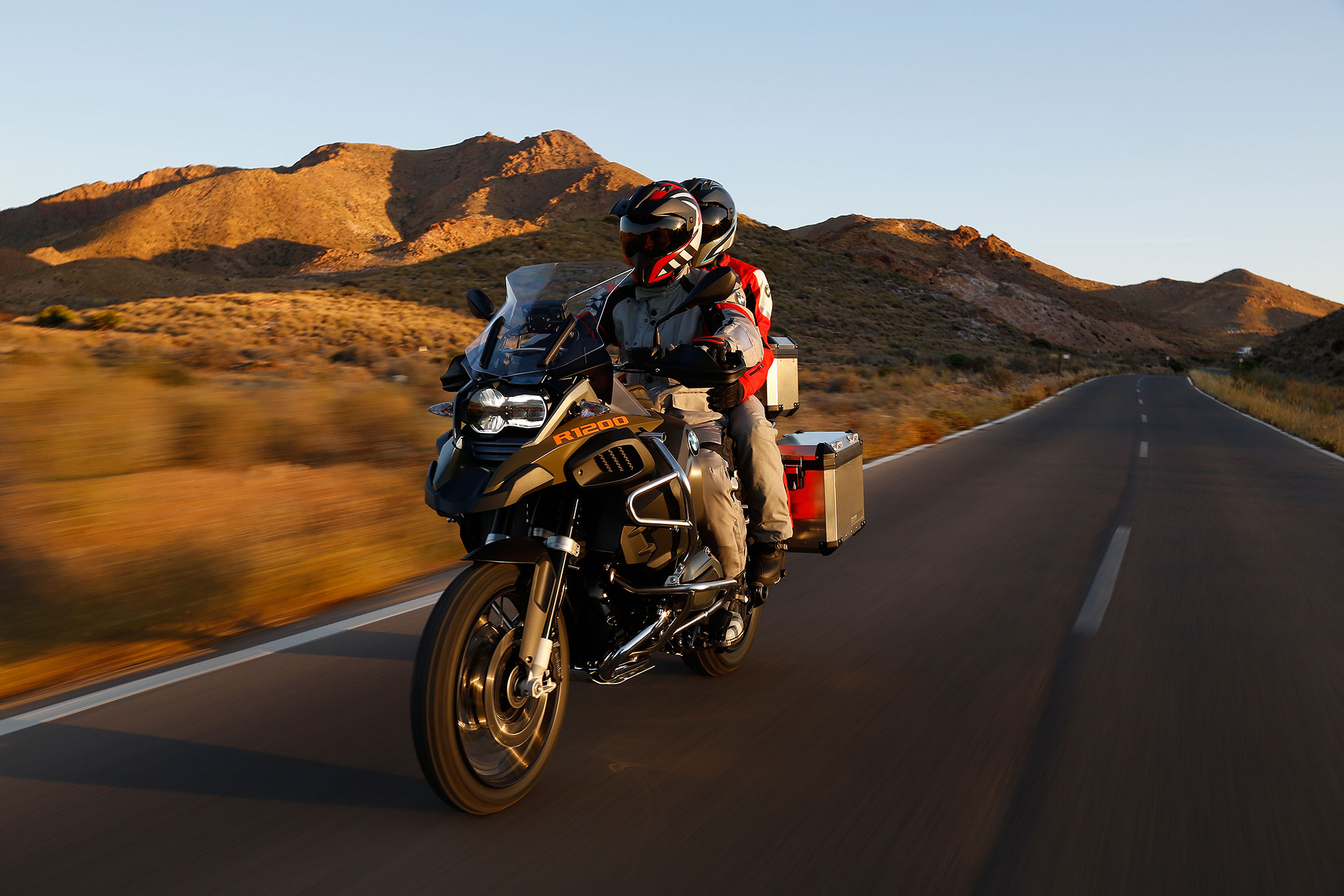 2014 BMW R1200GS Adventure Review