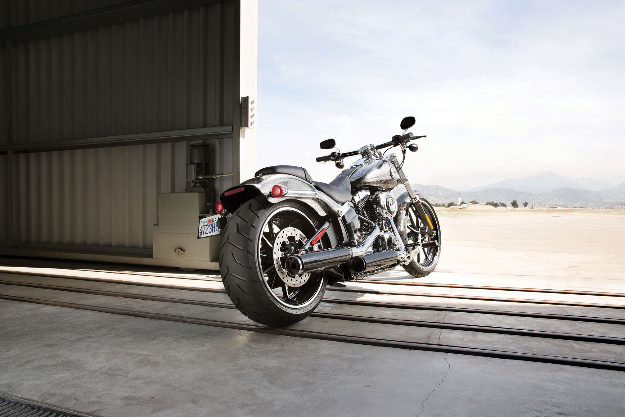 Back to 2014 Harley-Davidson Motorcycle Model Review Page