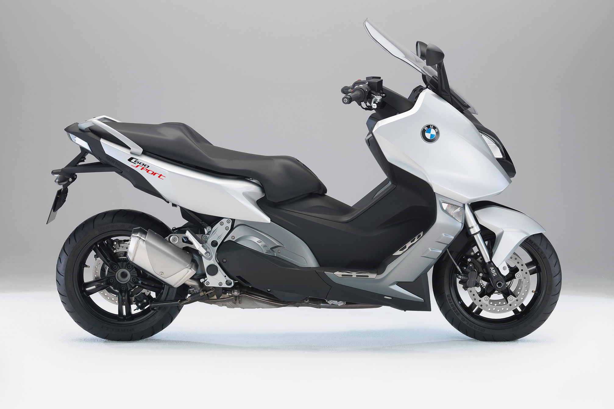 2015 bmw c600 sport review. Black Bedroom Furniture Sets. Home Design Ideas