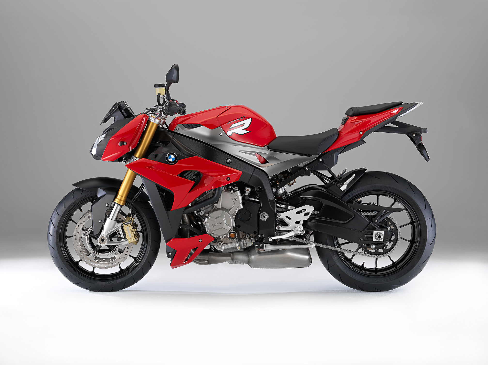 2015 BMW S1000R Review