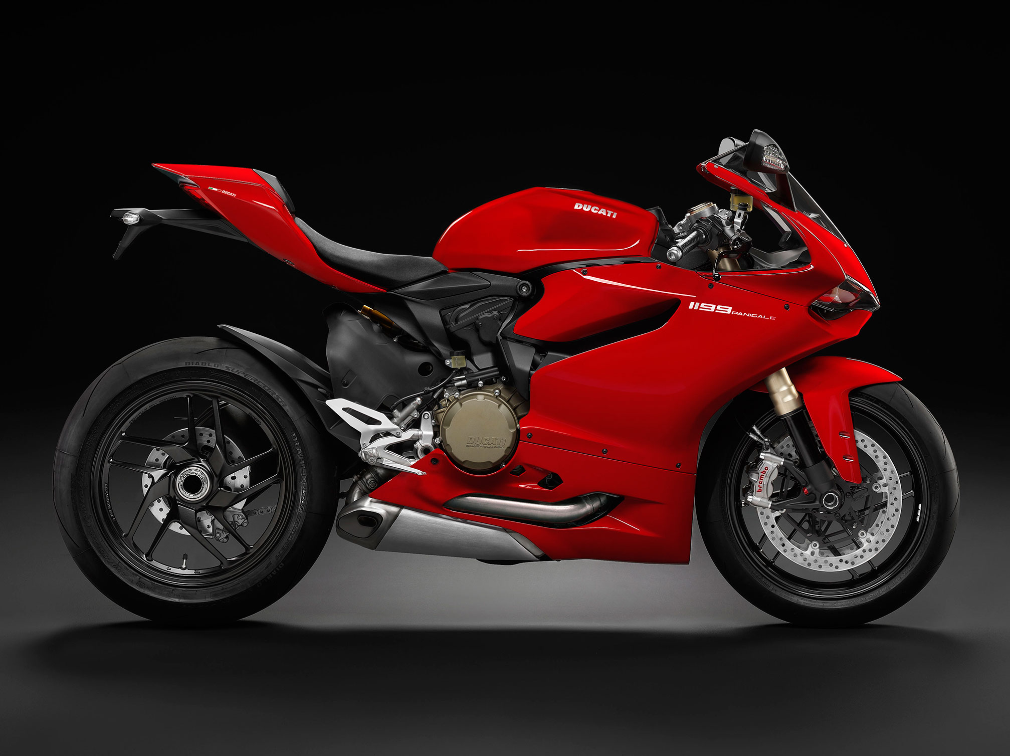 2015 ducati superbike 1199 panigale review. Black Bedroom Furniture Sets. Home Design Ideas