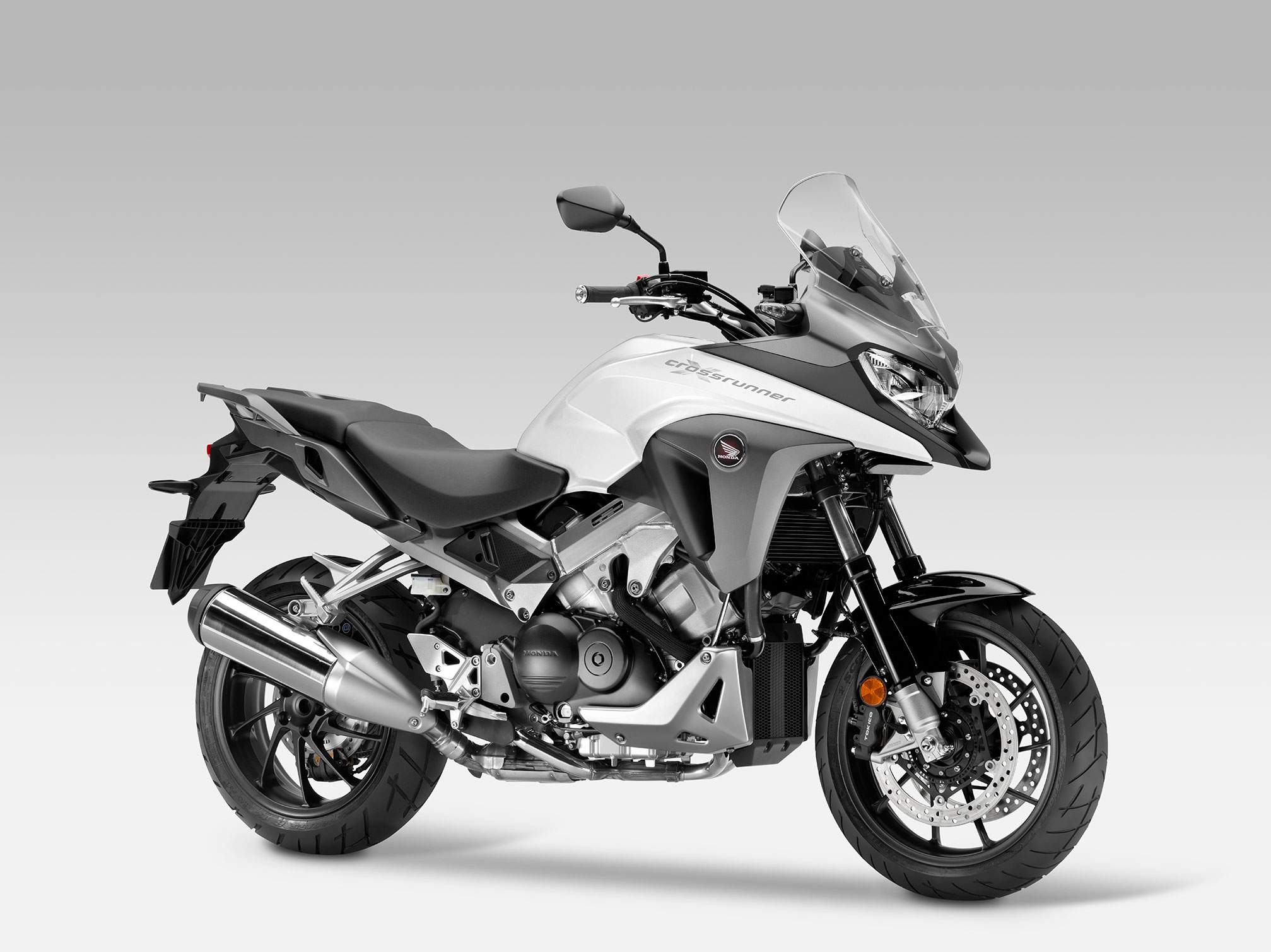 2015 honda vfr800x crossrunner review. Black Bedroom Furniture Sets. Home Design Ideas