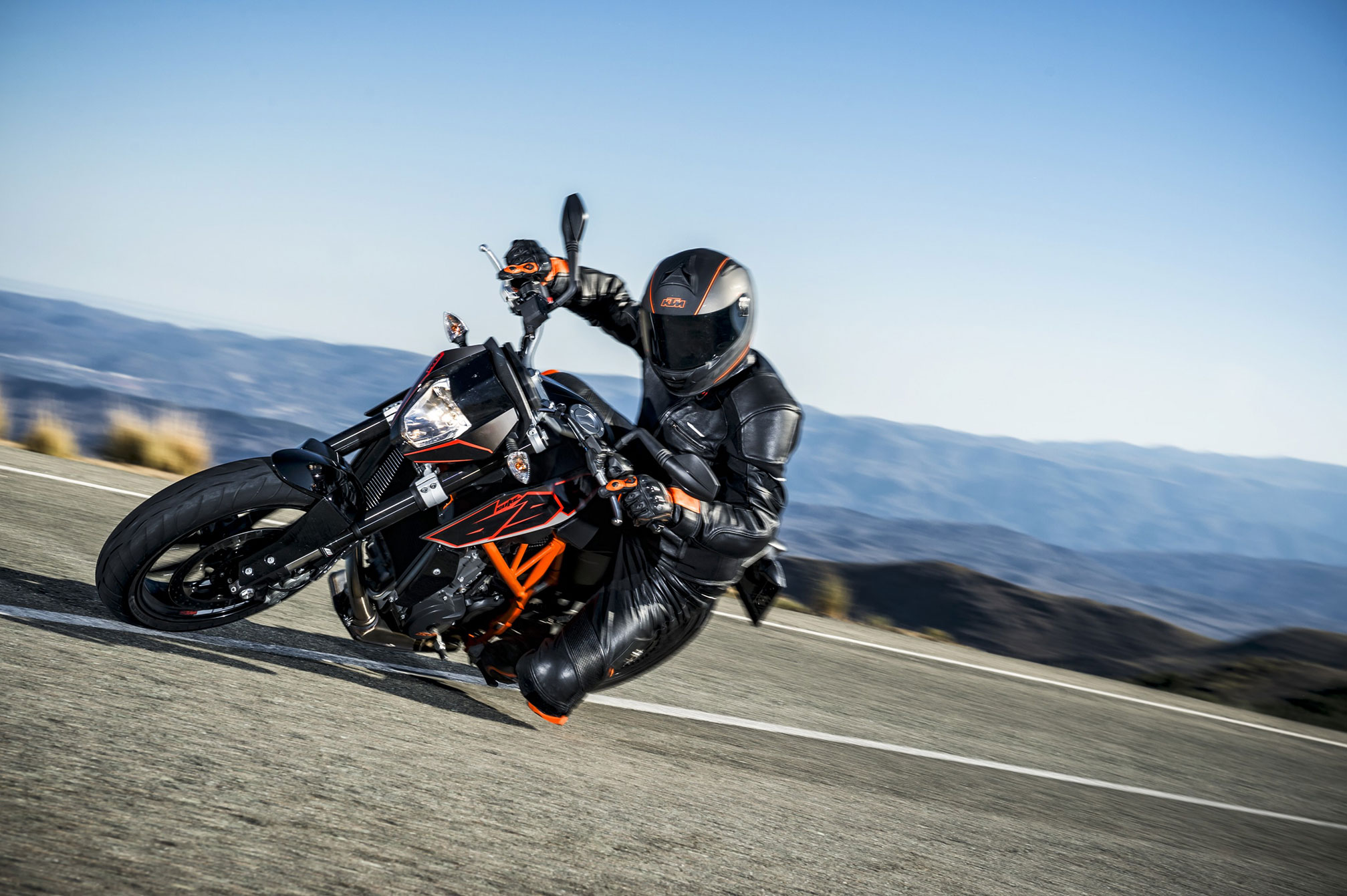 2015 Ktm 690 Duke Review