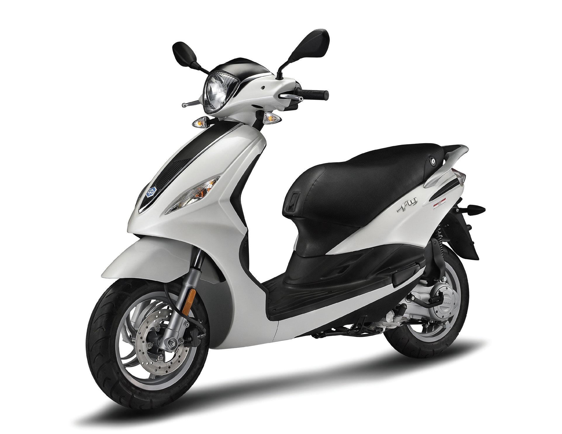 2015 piaggio fly 150 review