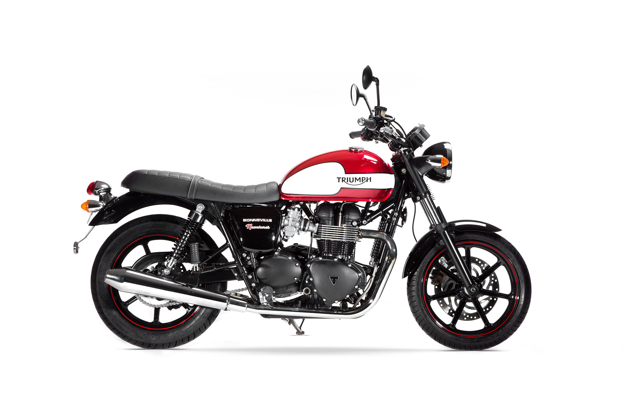 2016 triumph bonneville new church review. Black Bedroom Furniture Sets. Home Design Ideas