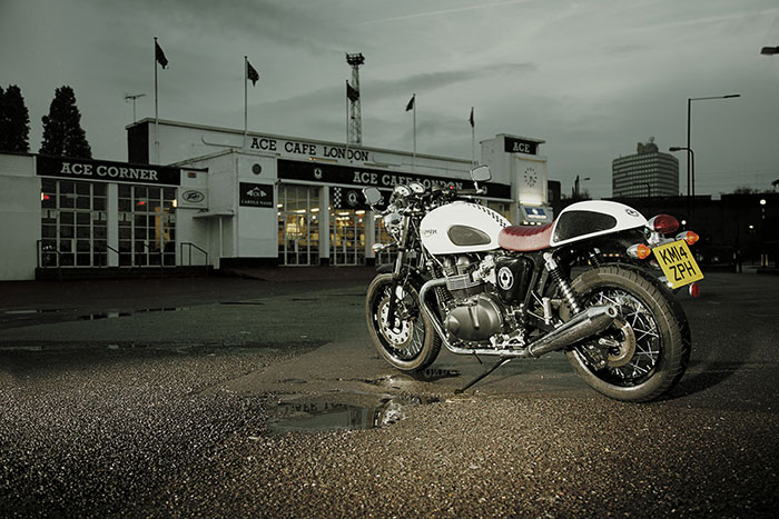 2015 Triumph Thruxton Ace Cafe SE