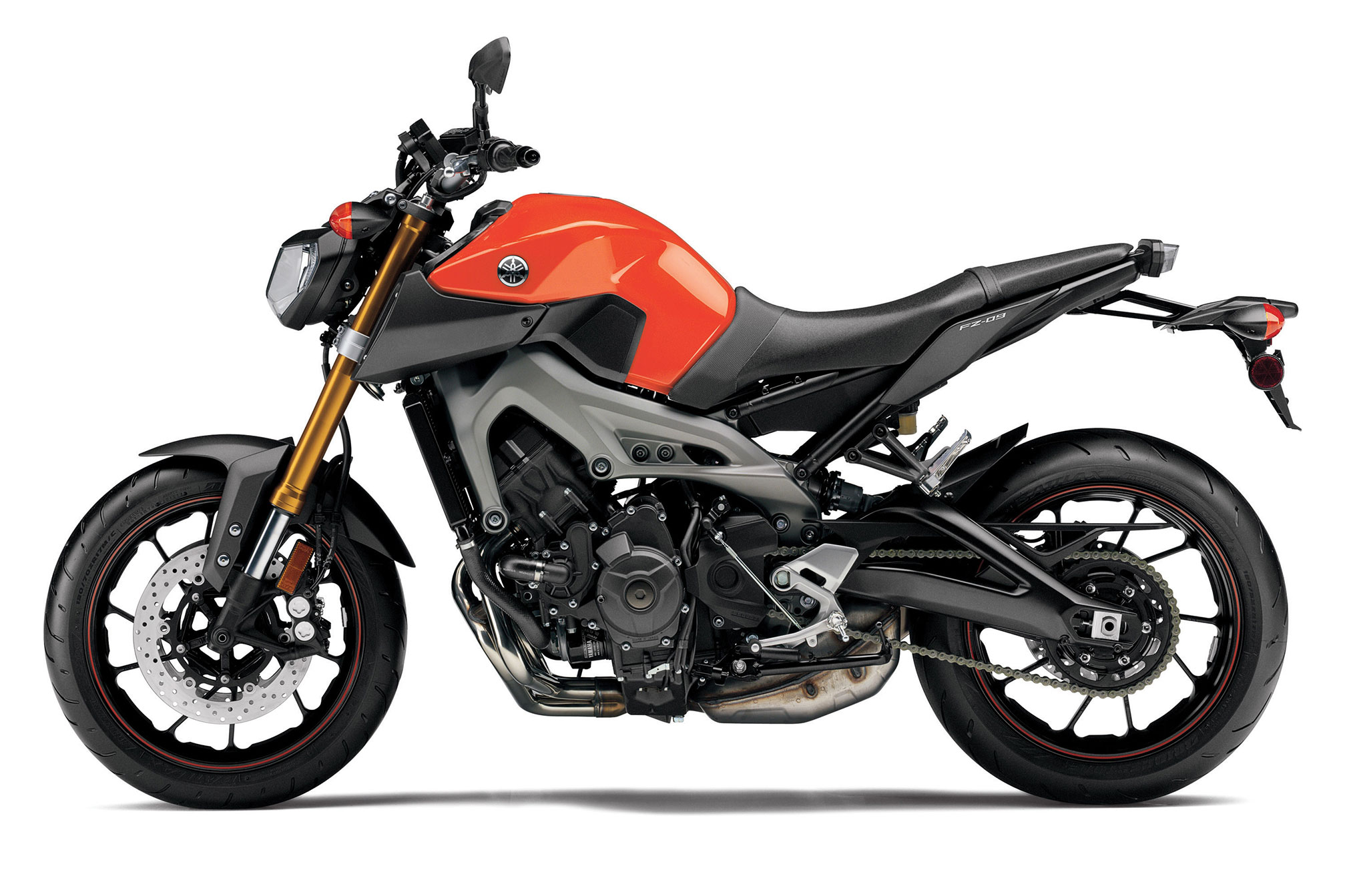 2015 Yamaha FZ-09 Review