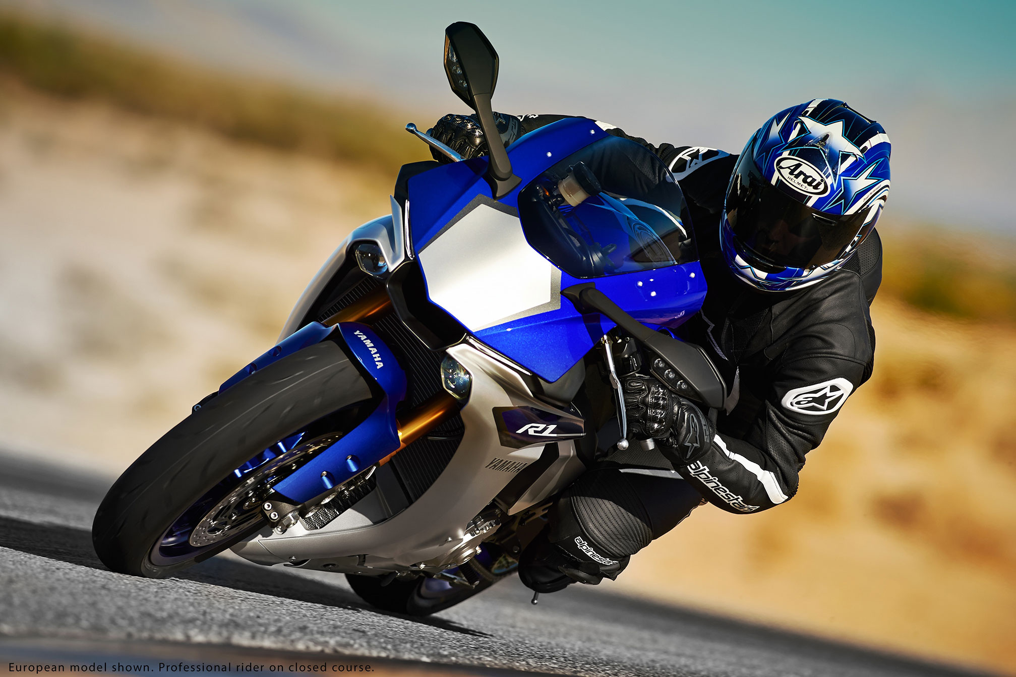 2015 Yamaha YZF-R1 Review