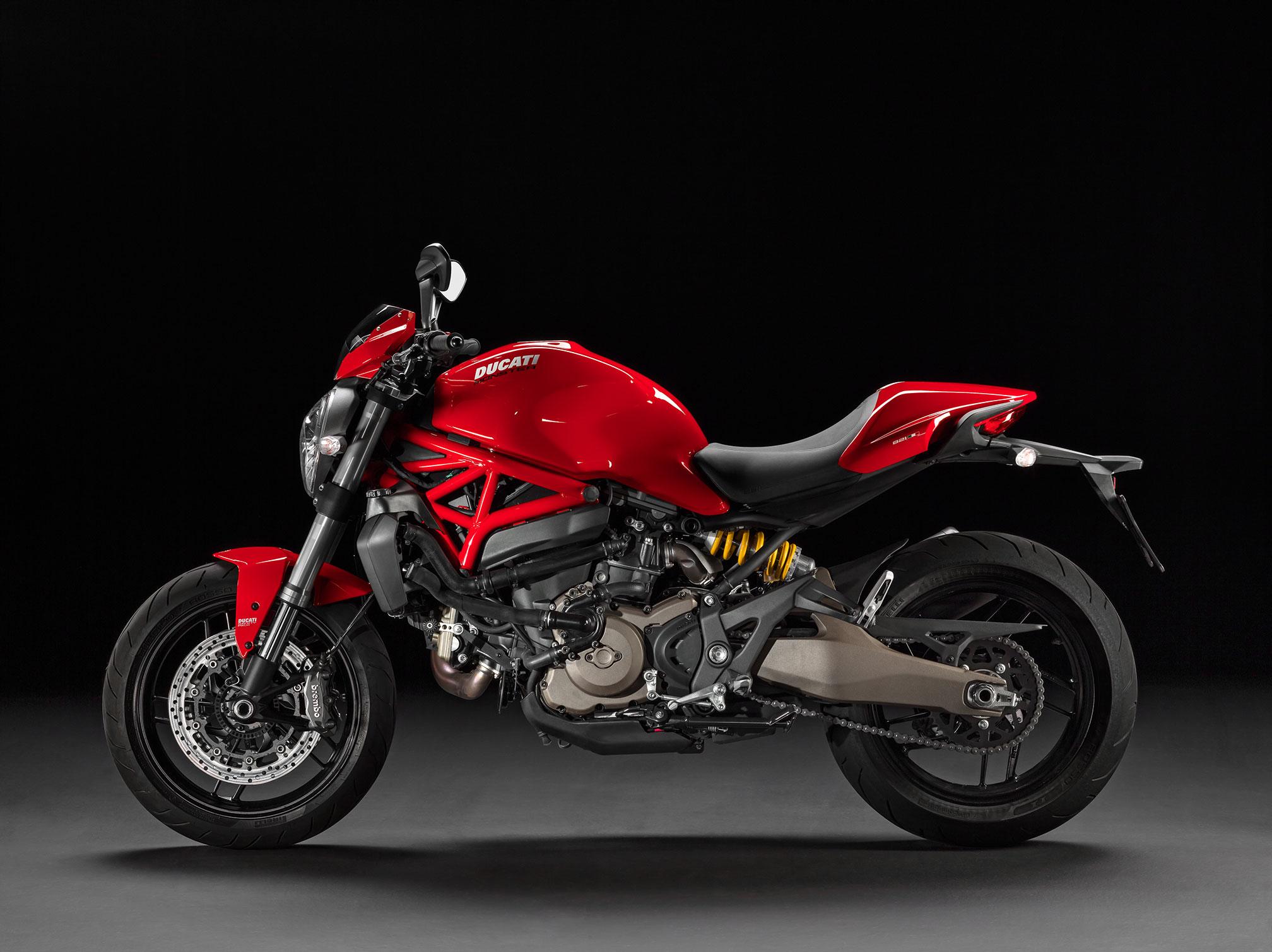2016 ducati monster 821 stripe review